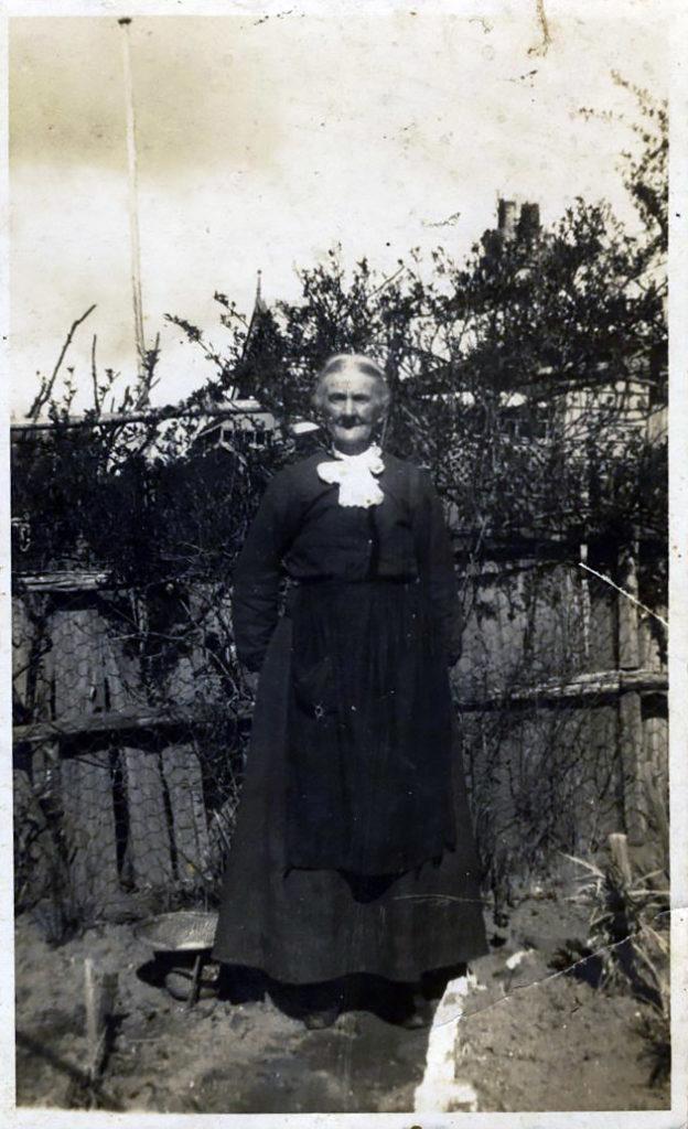 Aunt Ruth Thew (born Slapp) Blackheath