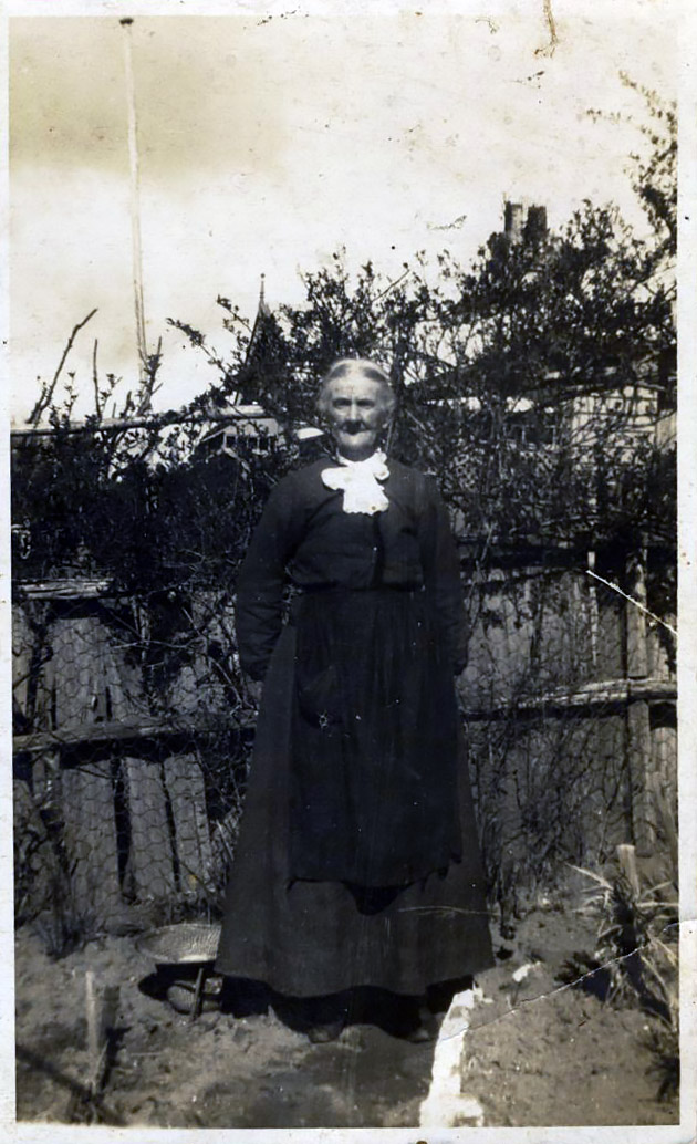 Aunt Ruth Thew (born Slapp) Blackheath