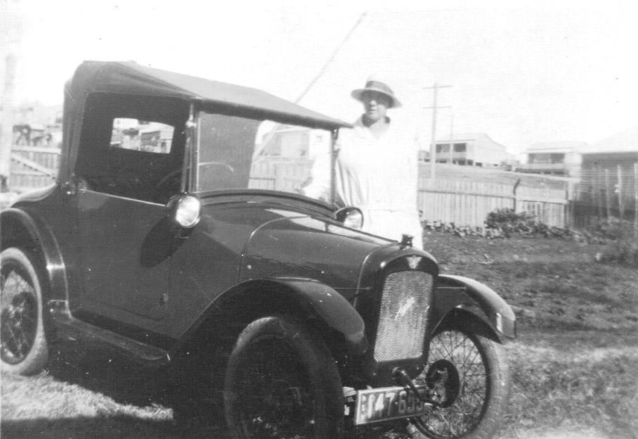 Baby Austin 7 car call Bedpan & Grace