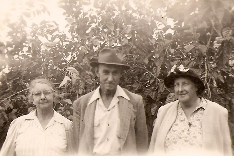 Grace Hague, Phil & Ede Slapp abt 1948