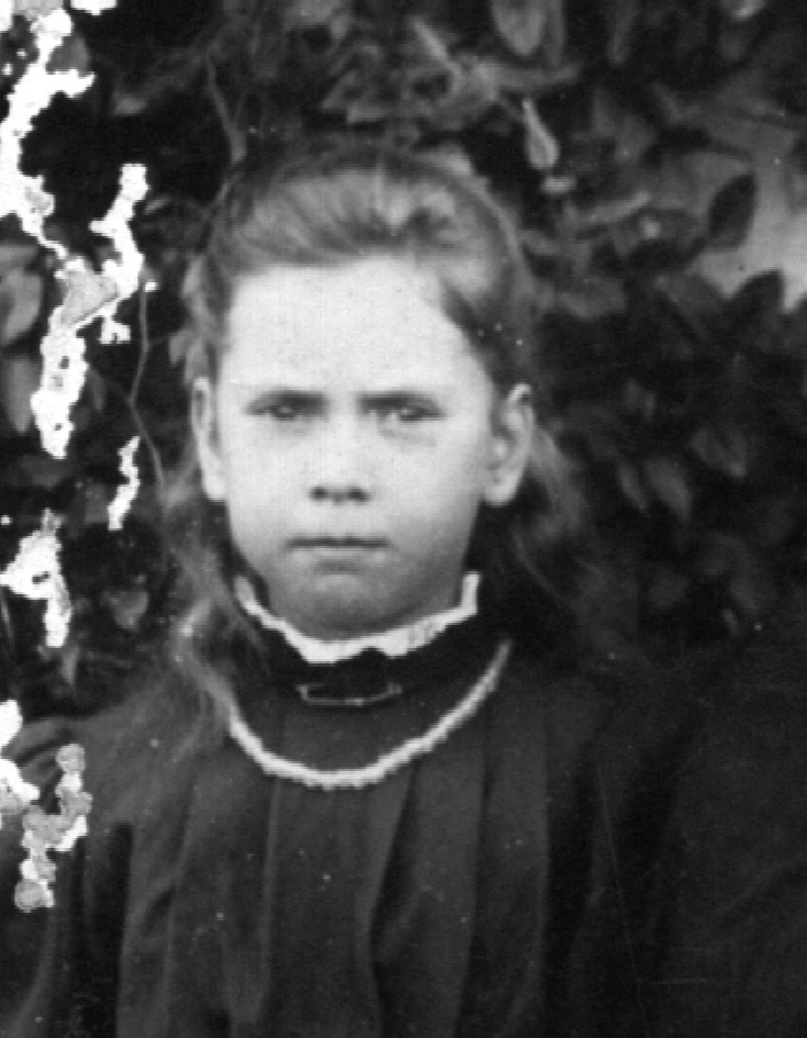Grace Slapp 1900