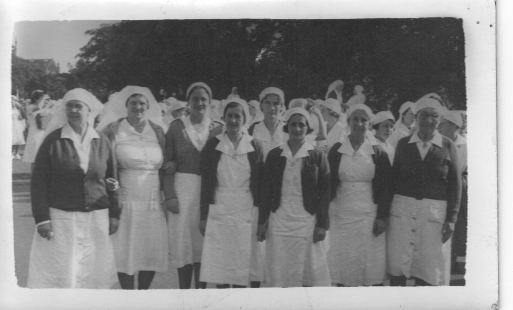 Group Nurses Grace Slapp front left-not confirmed